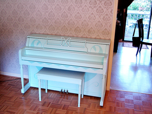 painted piano done