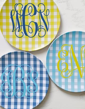 gingham plates