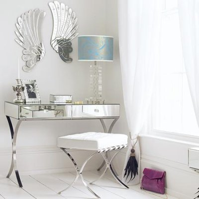 Dressing_table