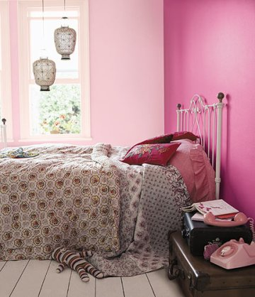 feminine bedroom, feminine interiors