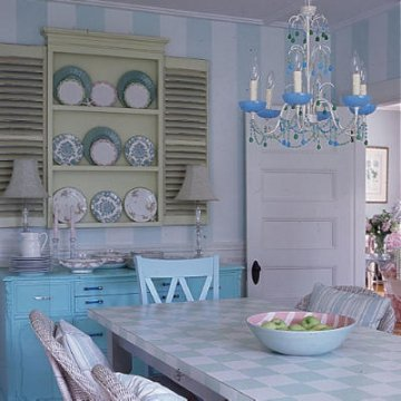 feminine dining room, feminine decor