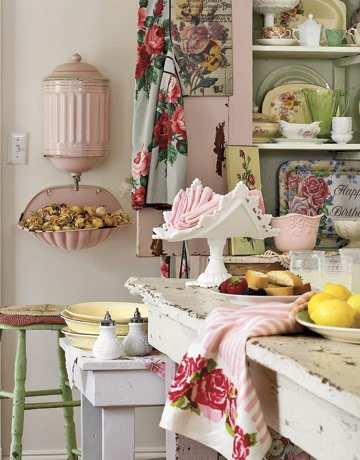 feminine kitchen, feminine decor