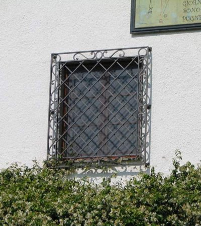 wrought iron windows 3